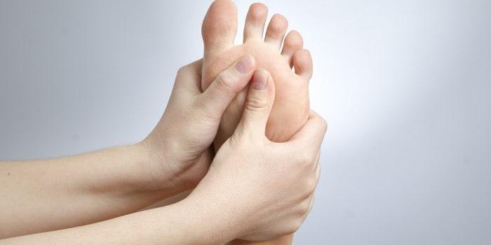 dolore mal di piedi